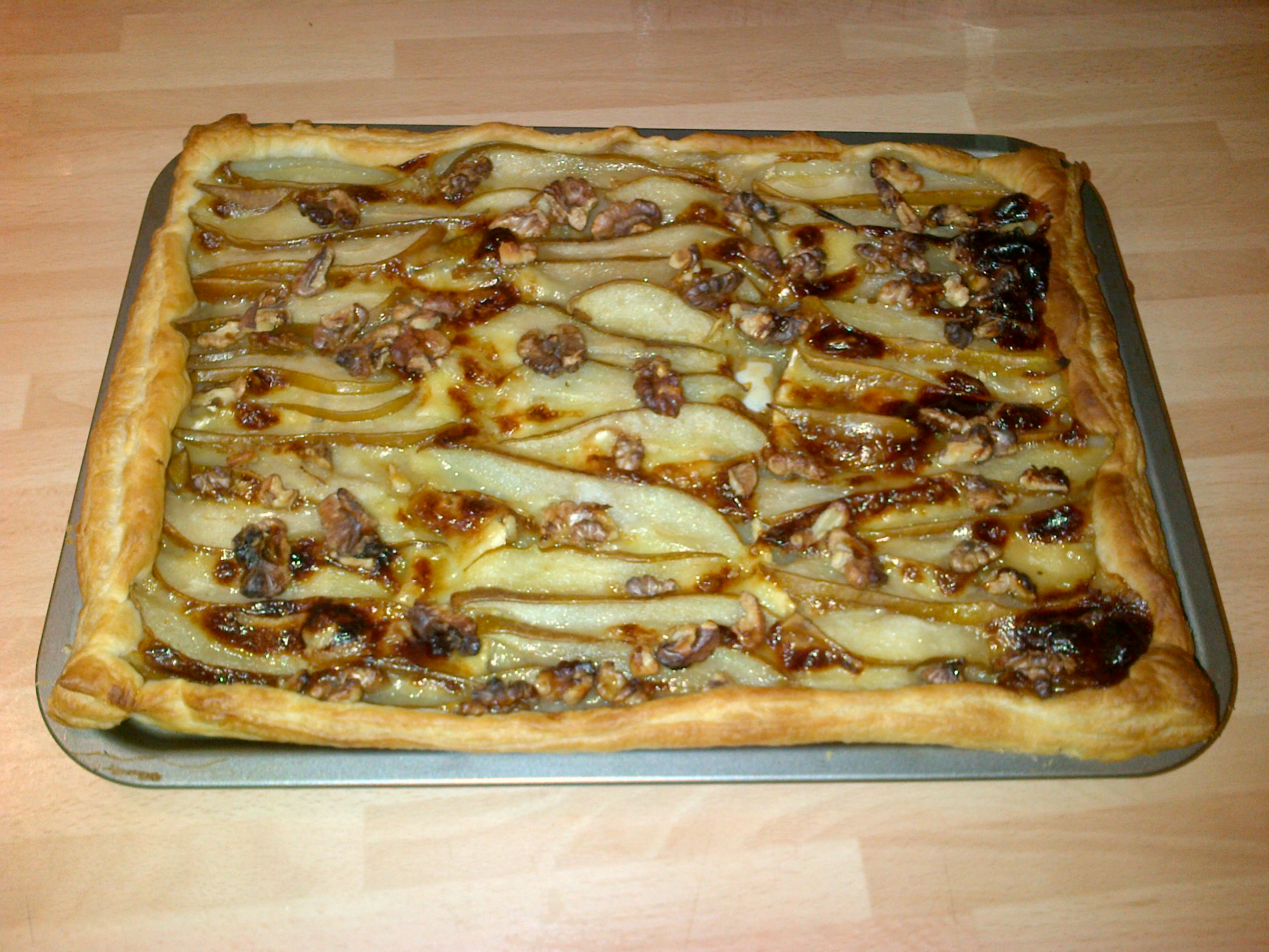 simple pear tart blue brie pear walnut tarts pear and brie tart with ...